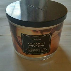 NWT Avon Cinnamon Bourbon Candle, 11oz